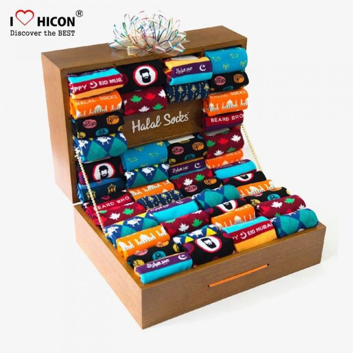 Happy Customized Brown Wood Counter Top Sock Display Foot Case